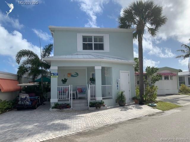 581 Nettles Boulevard, Jensen Beach, FL 34957 - #: M20027025