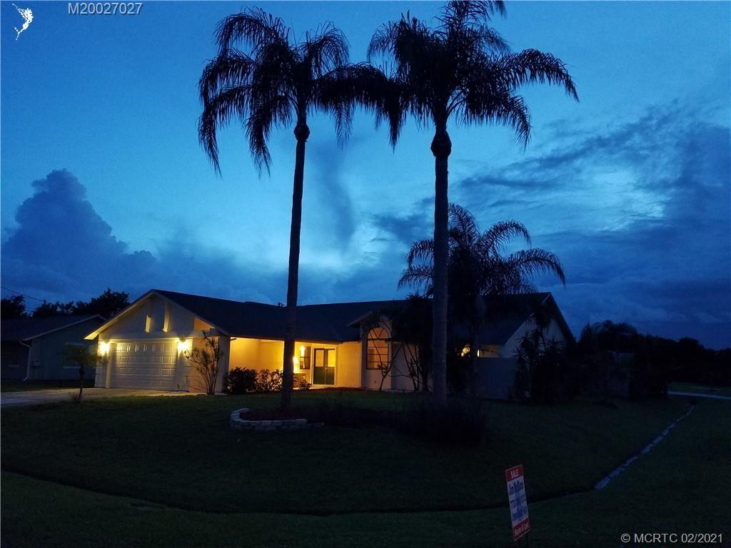 2582 SW Hinchman Street, Port Saint Lucie, FL 34984 - MLS#: M20027027
