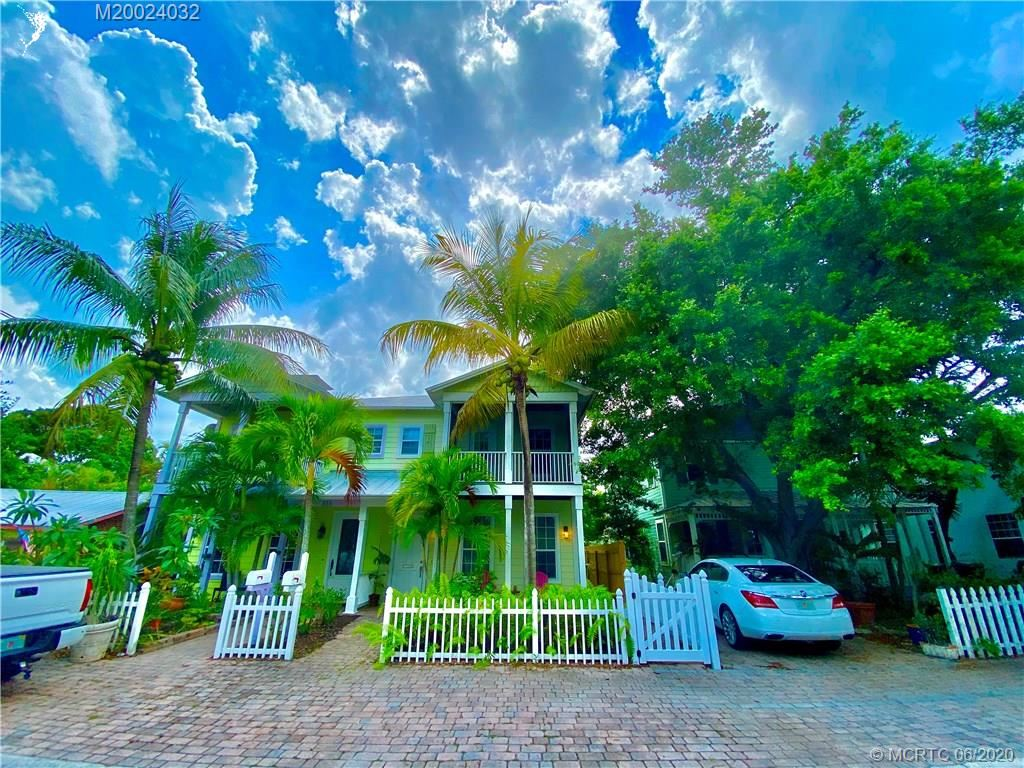 516 SW California Avenue, Stuart, FL 34994 - #: M20024032