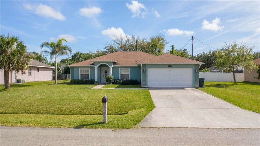 2218 SE Marsh Avenue, Port Saint Lucie, FL 34952 - #: M20023057