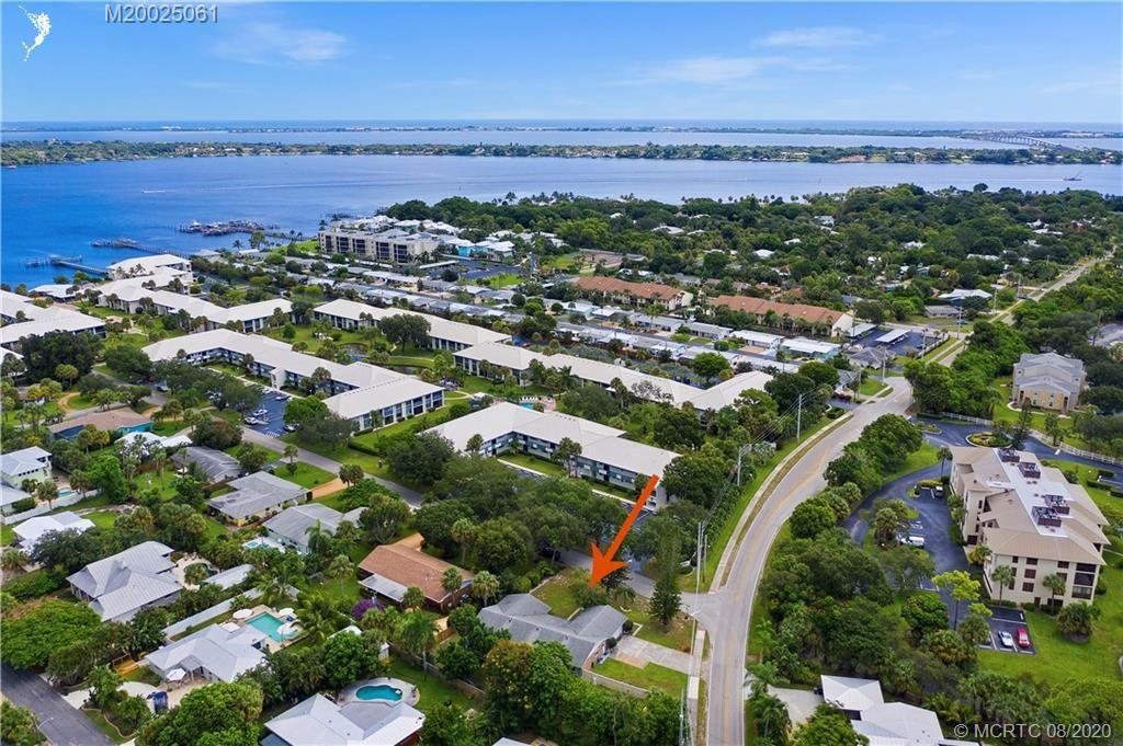 296 SE Wentworth Drive, Stuart, FL 34996 - #: M20025061