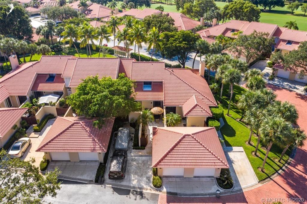 Photo of 139 Old Meadow Way, Palm Beach Gardens, FL 33418 (MLS # M20026076)