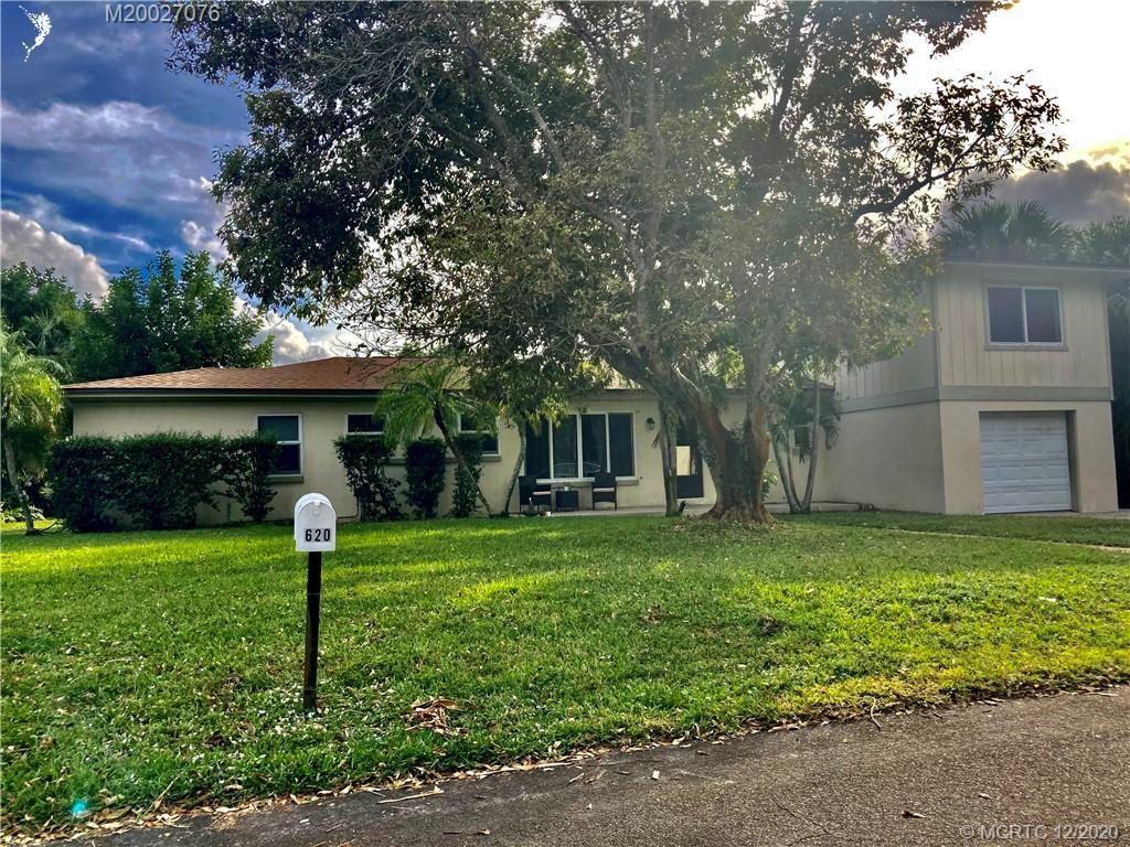 620 SE 5TH Street SE, Stuart, FL 34994 - MLS#: M20027076
