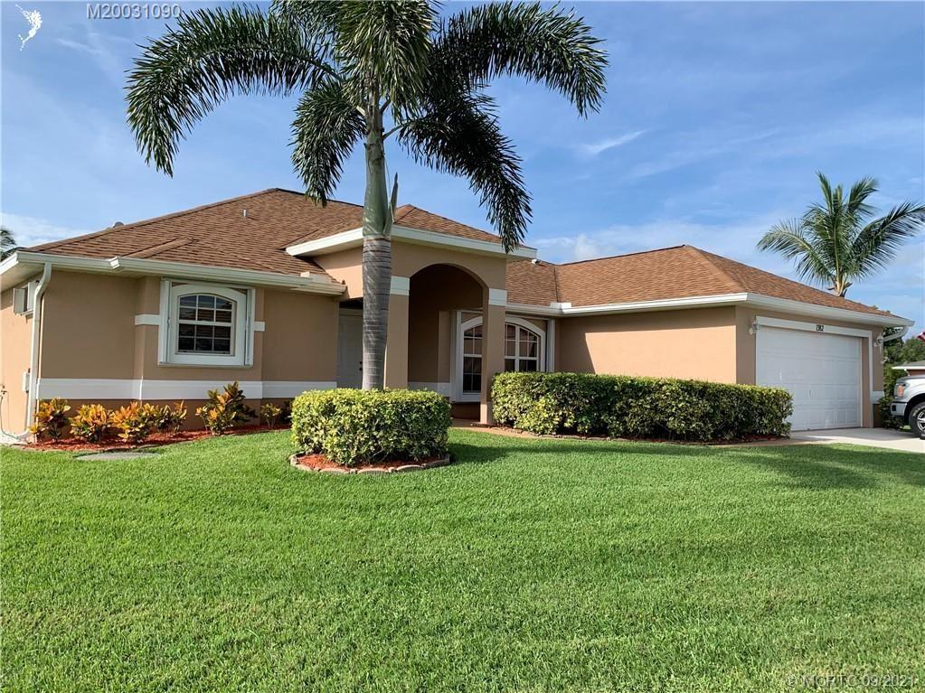 1382 SE Appamattox Terrace, Port Saint Lucie, FL 34952 - MLS#: M20031090