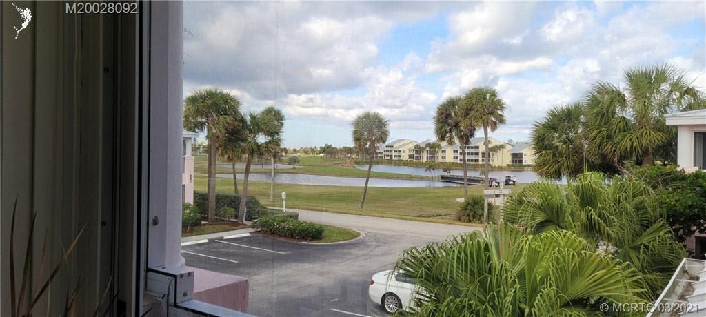Photo of 391 NE Plantation Road #228, Stuart, FL 34996 (MLS # M20028092)