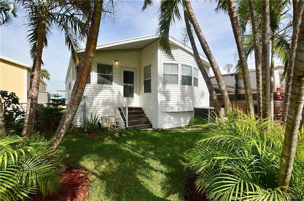 2099 Nettles Boulevard, Jensen Beach, FL 34957 - #: M20026096