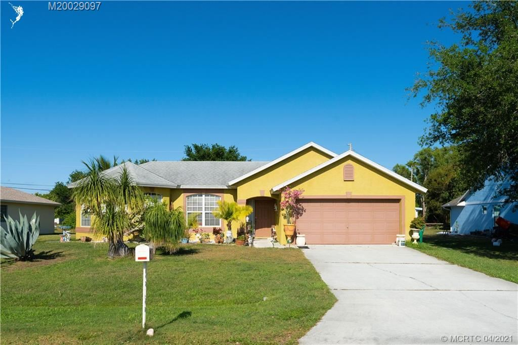 1950 SE Dranson Circle, Port Saint Lucie, FL 34952 - #: M20029097