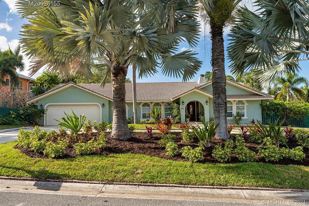 Photo of 45 Rio Vista Drive, Stuart, FL 34996 (MLS # M20026155)