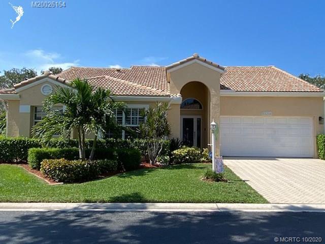 Photo of 10127 Caoba Street, Palm Beach Gardens, FL 33410 (MLS # M20026164)