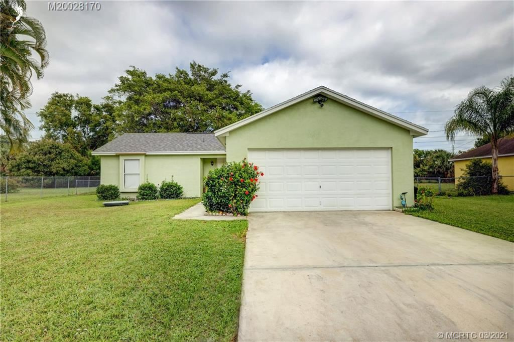 2049 SE Heathwood Circle, Port Saint Lucie, FL 34952 - MLS#: M20028170