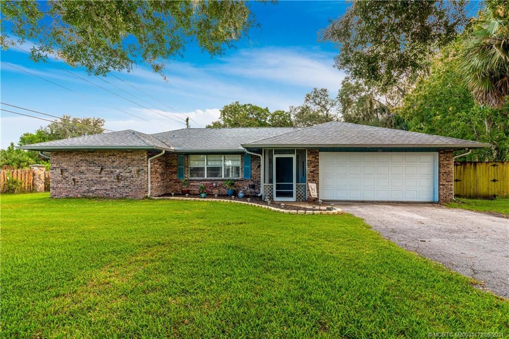 Photo of 2501 Gray Twig Lane, Fort Pierce, FL 34981 (MLS # M20031172)