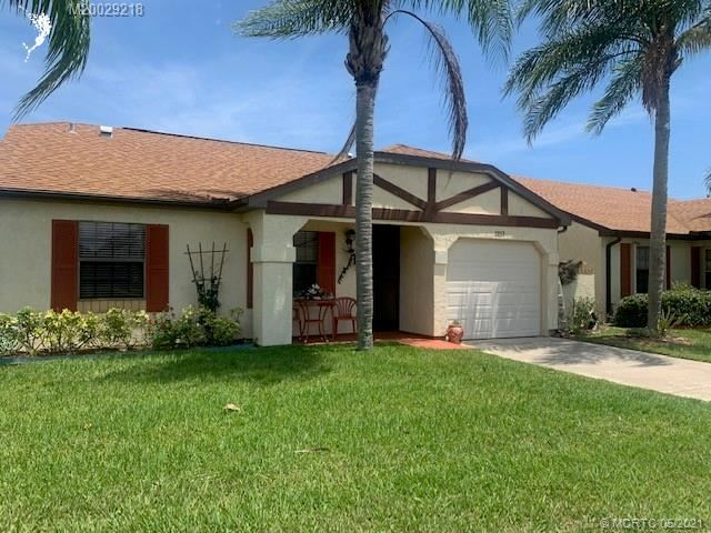 2257 SE Barrington Street, Port Saint Lucie, FL 34952 - #: M20029218