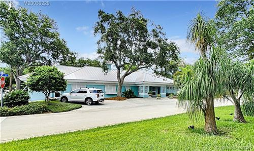 Photo of 119 SW 6th Street, Stuart, FL 34994 (MLS # M20030229)