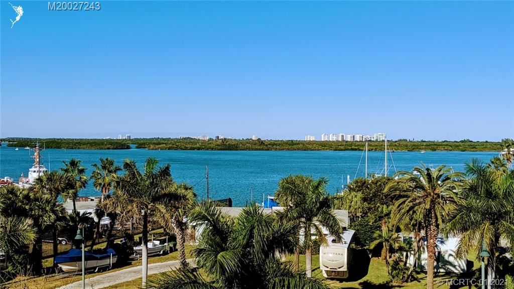 38 Harbour Isle Drive E #PH04, Fort Pierce, FL 34949 - MLS#: M20027243