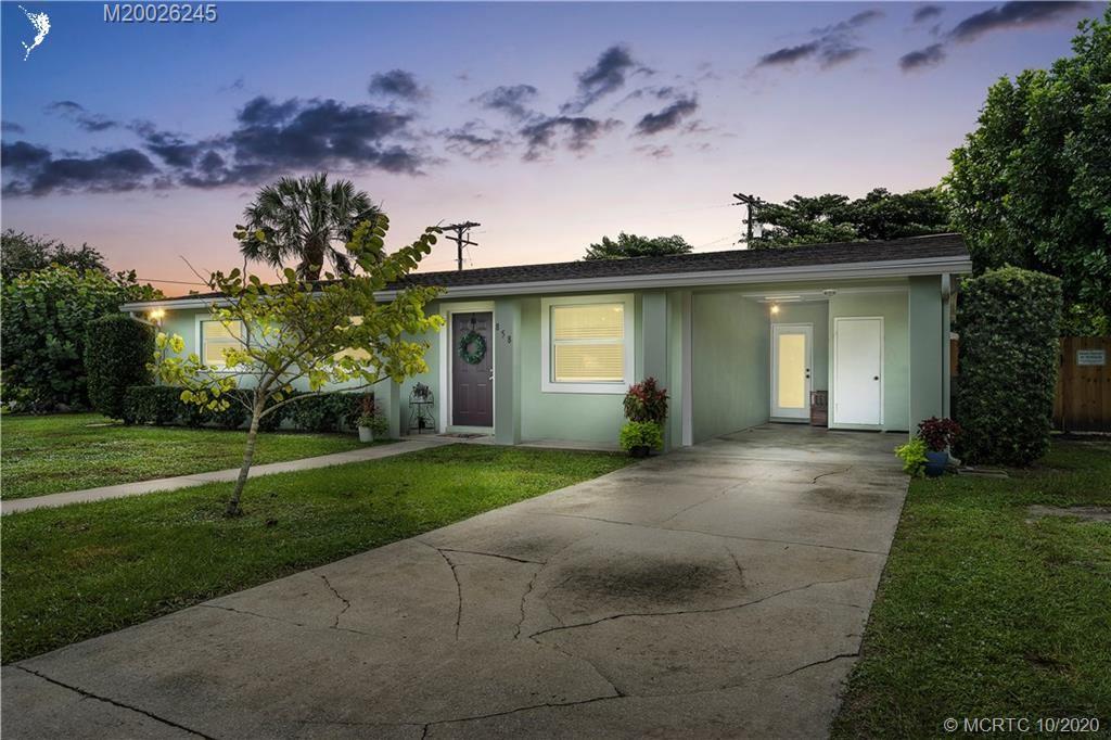 858 SE 13th Street, Stuart, FL 34994 - #: M20026245