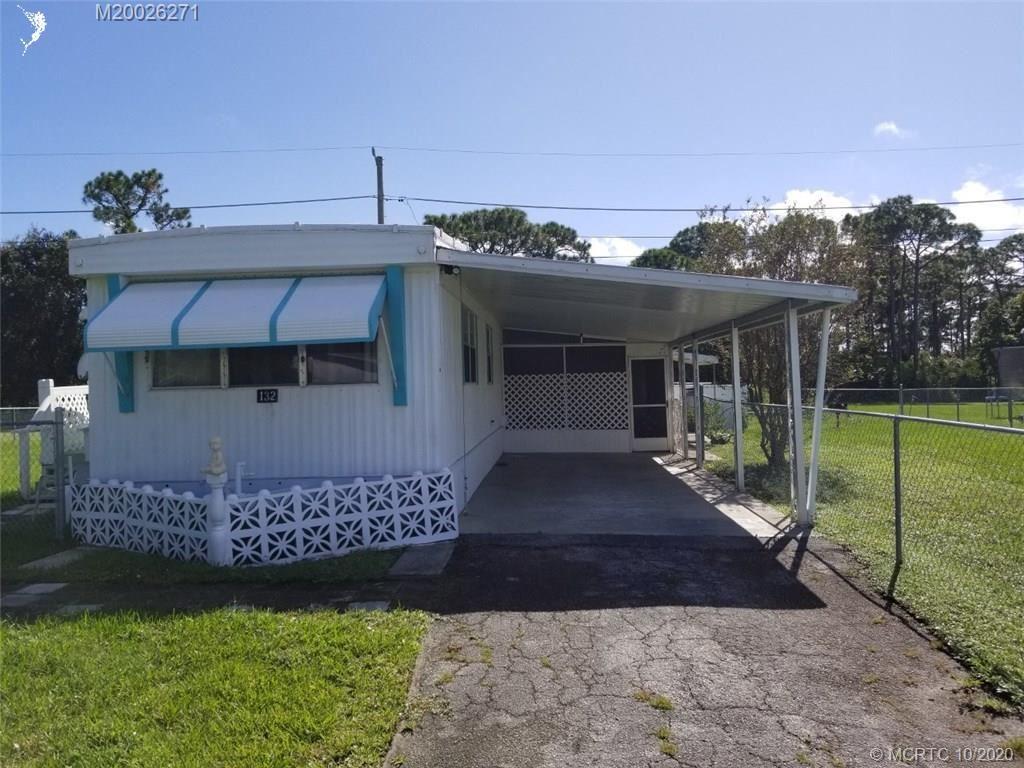 Photo of 132 NE 15th Terrace, Stuart, FL 34994 (MLS # M20026271)