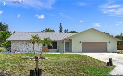 Photo of 8696 SE ALGOZZINI Place, Hobe Sound, FL 33455 (MLS # M20029311)