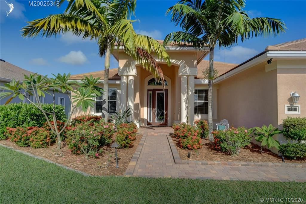 Photo of 437 NW Sunflower Place, Jensen Beach, FL 34957 (MLS # M20026318)