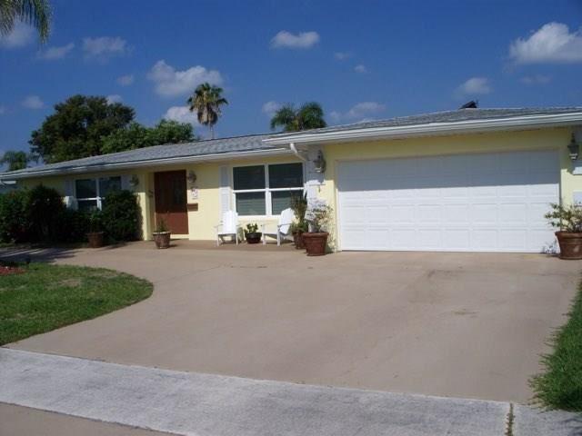2984 SE Santa Anita Street, Port Saint Lucie, FL 34952 - MLS#: M20022336