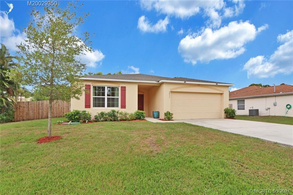 2411 SE University Terrace, Port Saint Lucie, FL 34952 - #: M20029350
