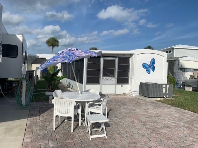 517 Nettles Boulevard, Jensen Beach, FL 34957 - #: M20021353