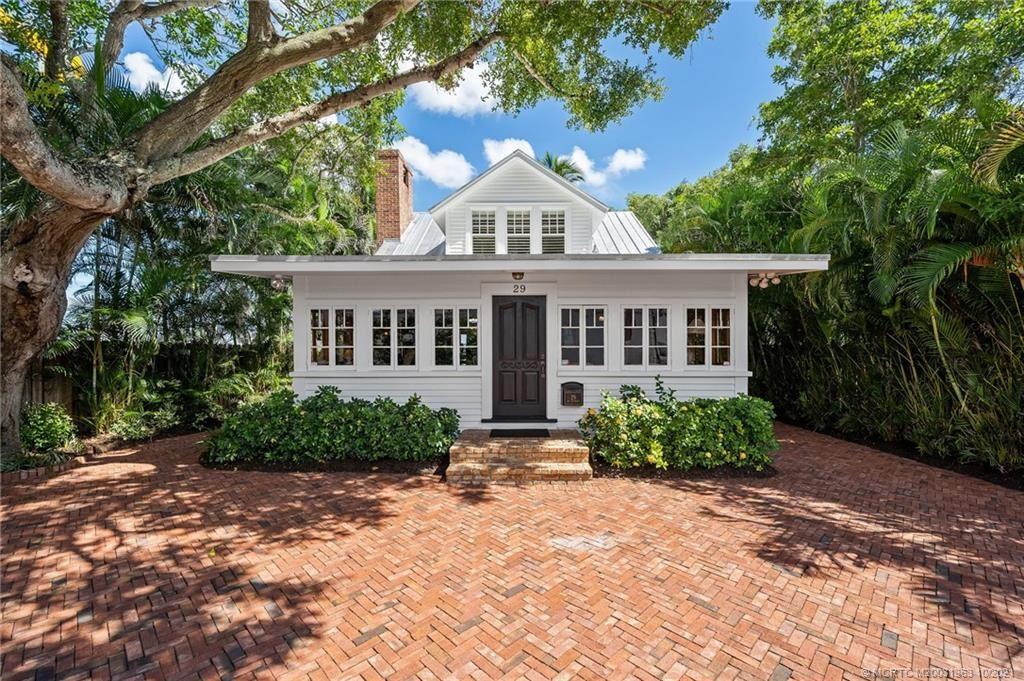 29 SW Seminole Street, Stuart, FL 34994 - #: M20031363