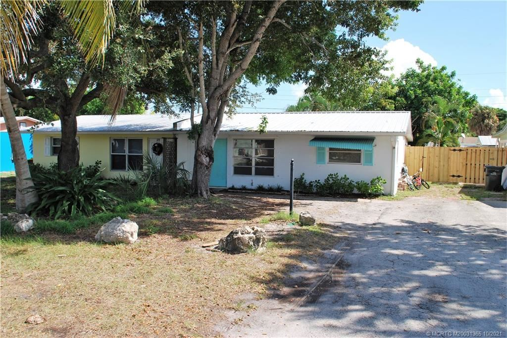 411 SE Parkway Drive, Stuart, FL 34996 - #: M20031365