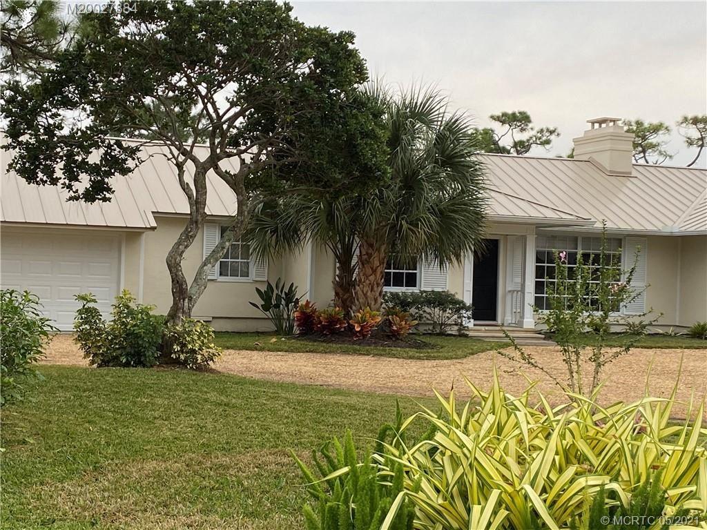 5200 SE Burning Tree Circle, Stuart, FL 34997 - #: M20027384
