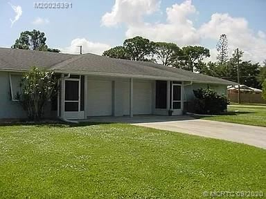2417 NW Holiday Court #2417 and 2427, Stuart, FL 34994 - #: M20025391