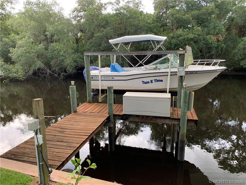 8000 SE Paradise Drive, Stuart, FL 34997 - #: M20024411