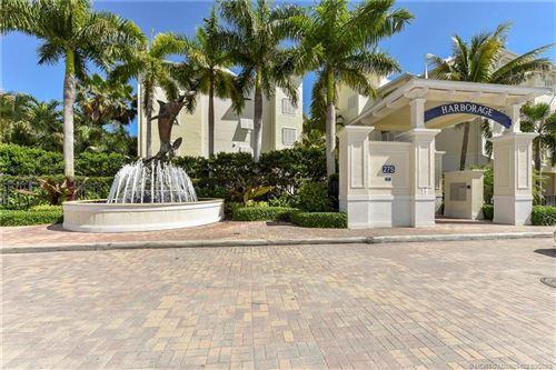 Photo of 975 NW Flagler Avenue #306, Stuart, FL 34994 (MLS # M20029422)