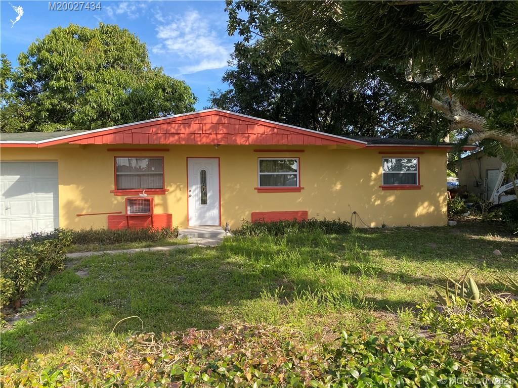 907 SE 10th Street, Stuart, FL 34994 - MLS#: M20027434
