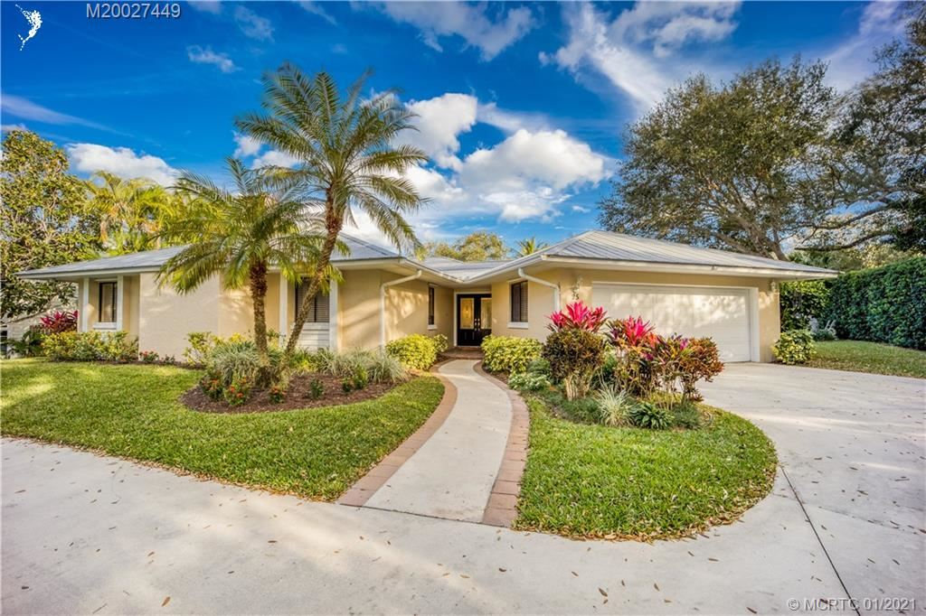 25 Rio Vista Drive, Stuart, FL 34996 - #: M20027449
