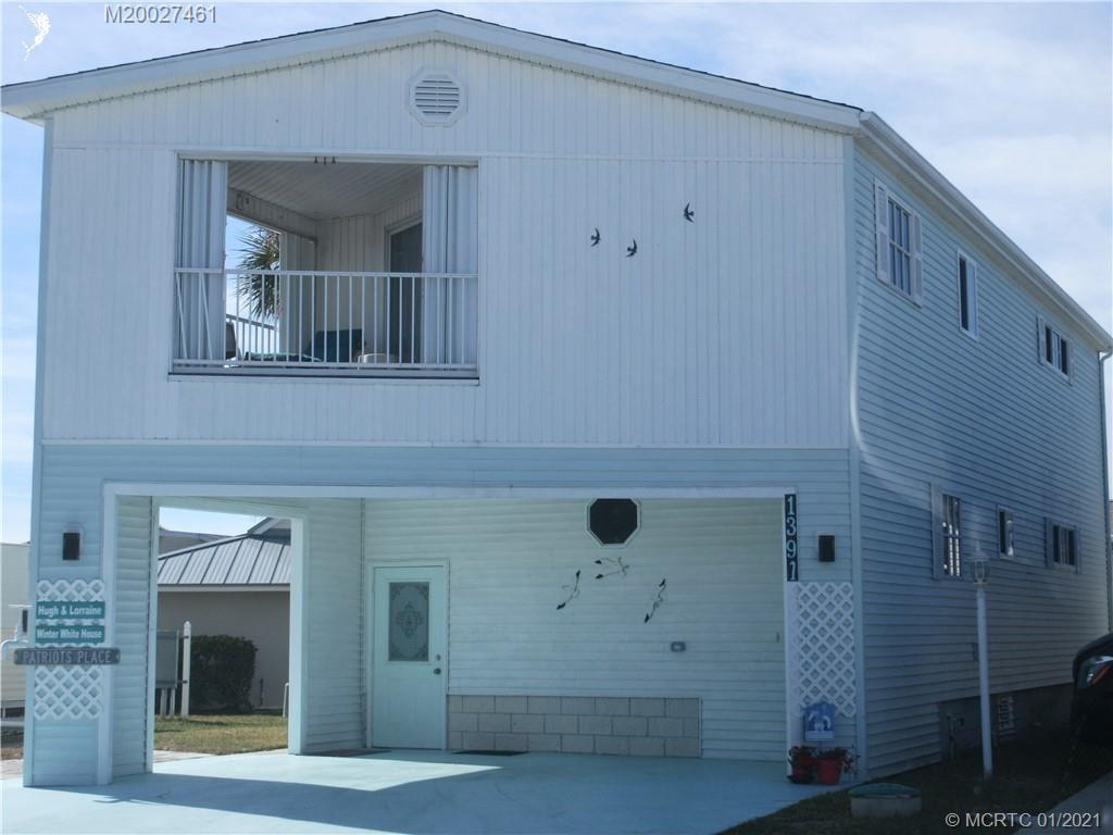 1391 Nettles Boulevard, Jensen Beach, FL 34957 - #: M20027461