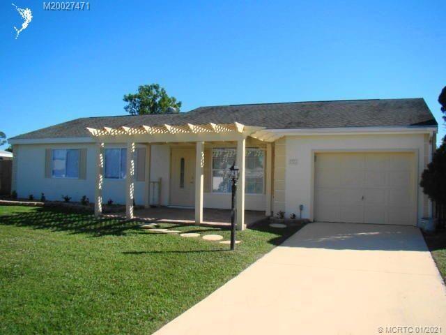 1921 SE Redwing Circle, Port Saint Lucie, FL 34952 - MLS#: M20027471