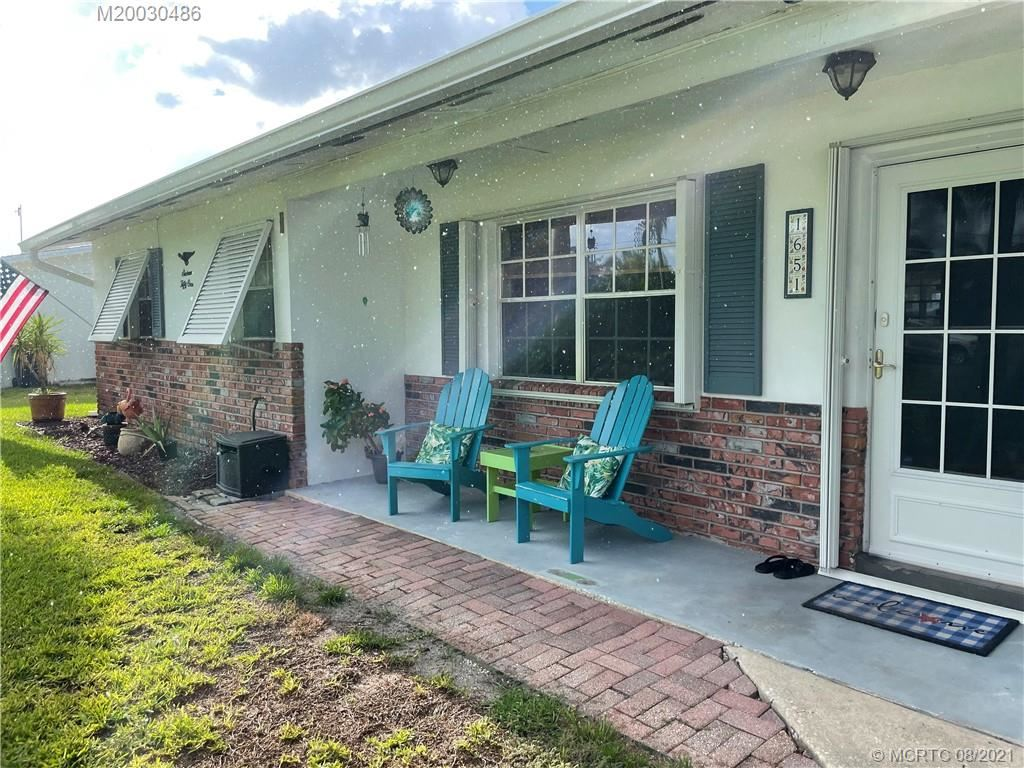 Photo of 1651 SE 11th Street, Stuart, FL 34996 (MLS # M20030486)