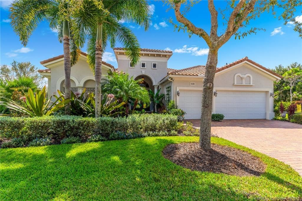 Photo of 5628 SW Gray Fox Drive, Palm City, FL 34990 (MLS # M20031511)