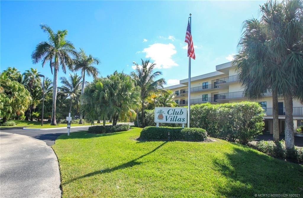 Photo of 221 NE Plantation Road #214, Stuart, FL 34996 (MLS # M20031529)