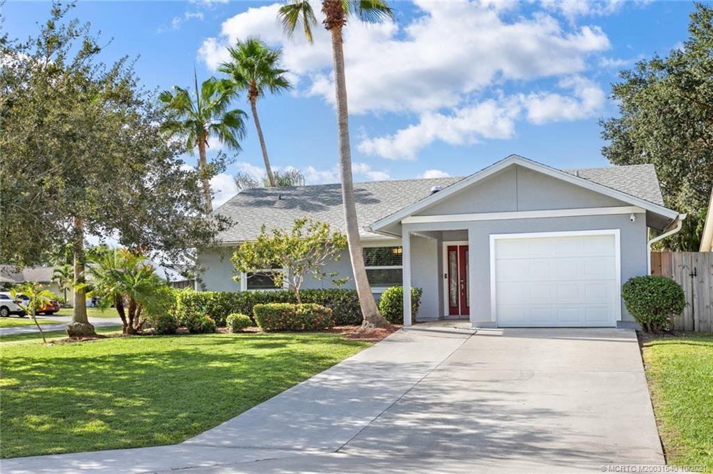 Photo of 4354 SE Cocoplum Place, Stuart, FL 34997 (MLS # M20031540)