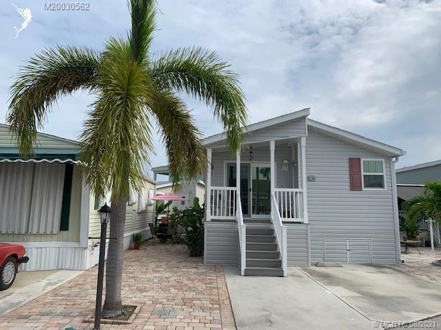 224 Nettles Boulevard, Jensen Beach, FL 34957 - #: M20030562