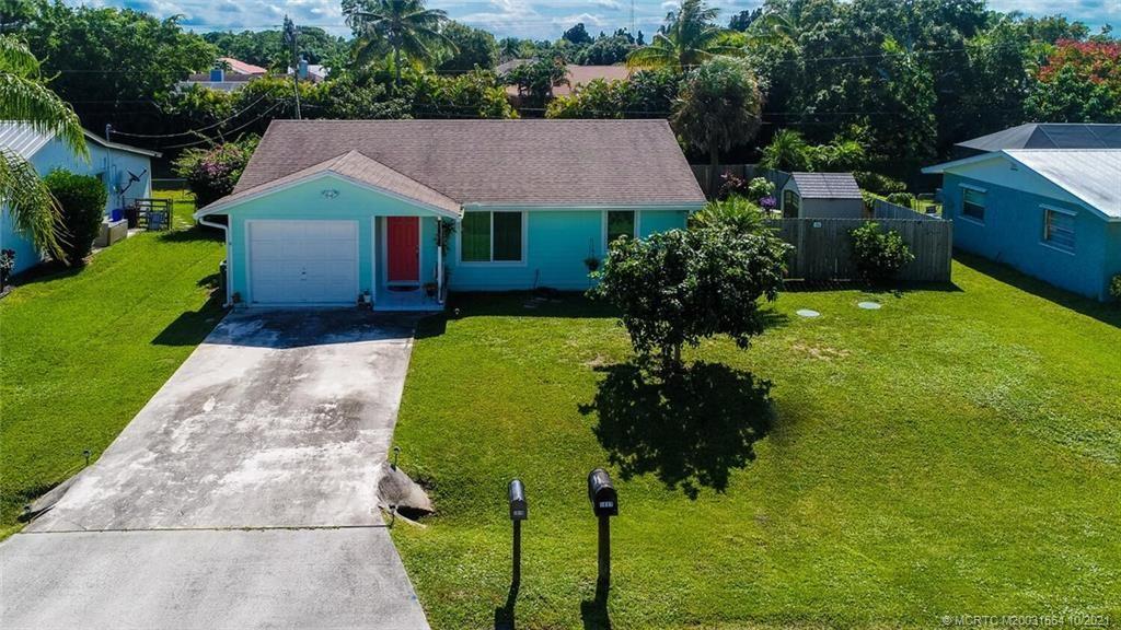 Photo of 1818 SE Harrison Street, Stuart, FL 34997 (MLS # M20031564)