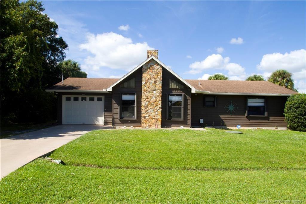 2042 SE Parrot Street, Port Saint Lucie, FL 34952 - #: M20031574