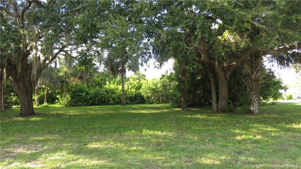 Photo of 5399 SE Reef Way, Stuart, FL 34997 (MLS # M20031596)