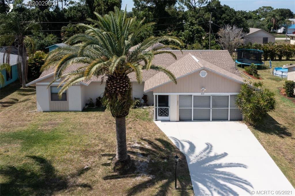 931 SE Brookedge Avenue, Port Saint Lucie, FL 34983 - #: M20029600