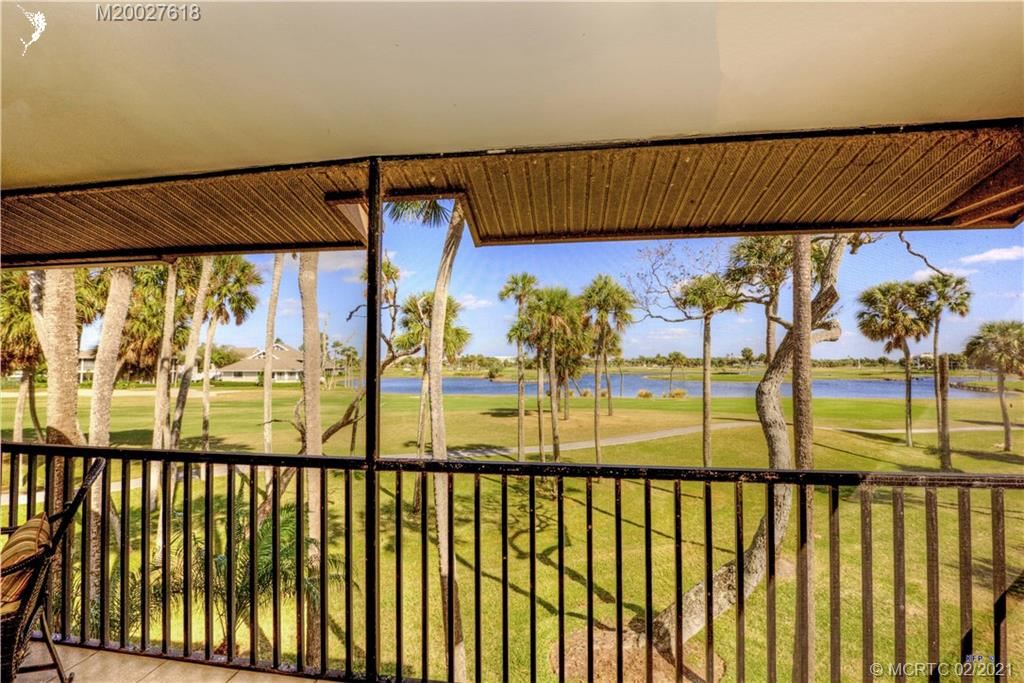 233 NE Edgewater Drive NE #203, Stuart, FL 34996 - MLS#: M20027618