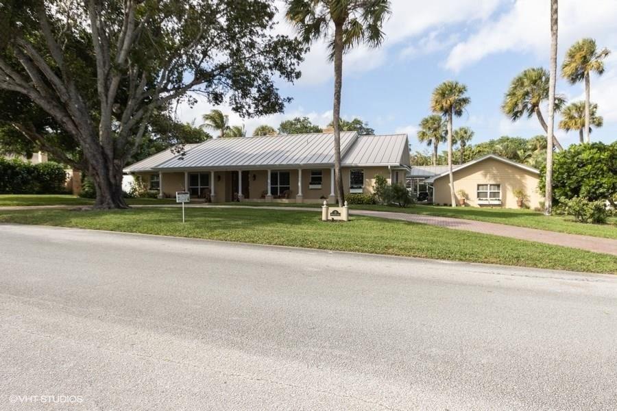 Photo of 15 W High Point Road, Sewalls Point, FL 34996 (MLS # M20021661)