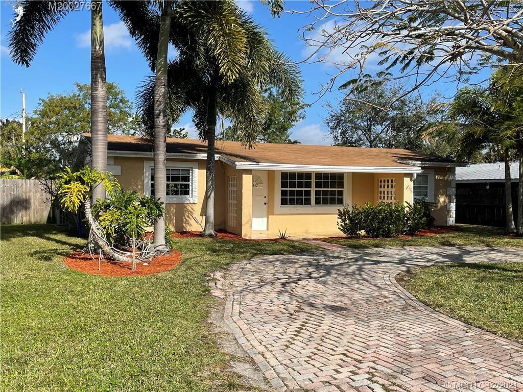 2347 SE Harrison Street, Stuart, FL 34997 - #: M20027667
