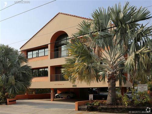 Photo of 500 SE Osceola Street, Stuart, FL 34994 (MLS # M20023690)