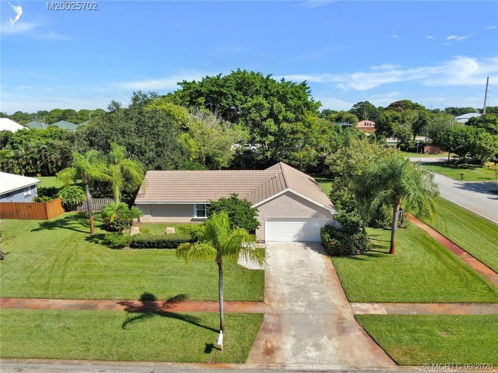 1897 SE Greendon Avenue, Port Saint Lucie, FL 34952 - #: M20025702