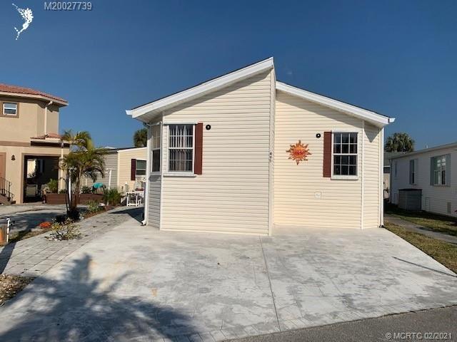 495 Nettles Boulevard, Jensen Beach, FL 34957 - #: M20027739